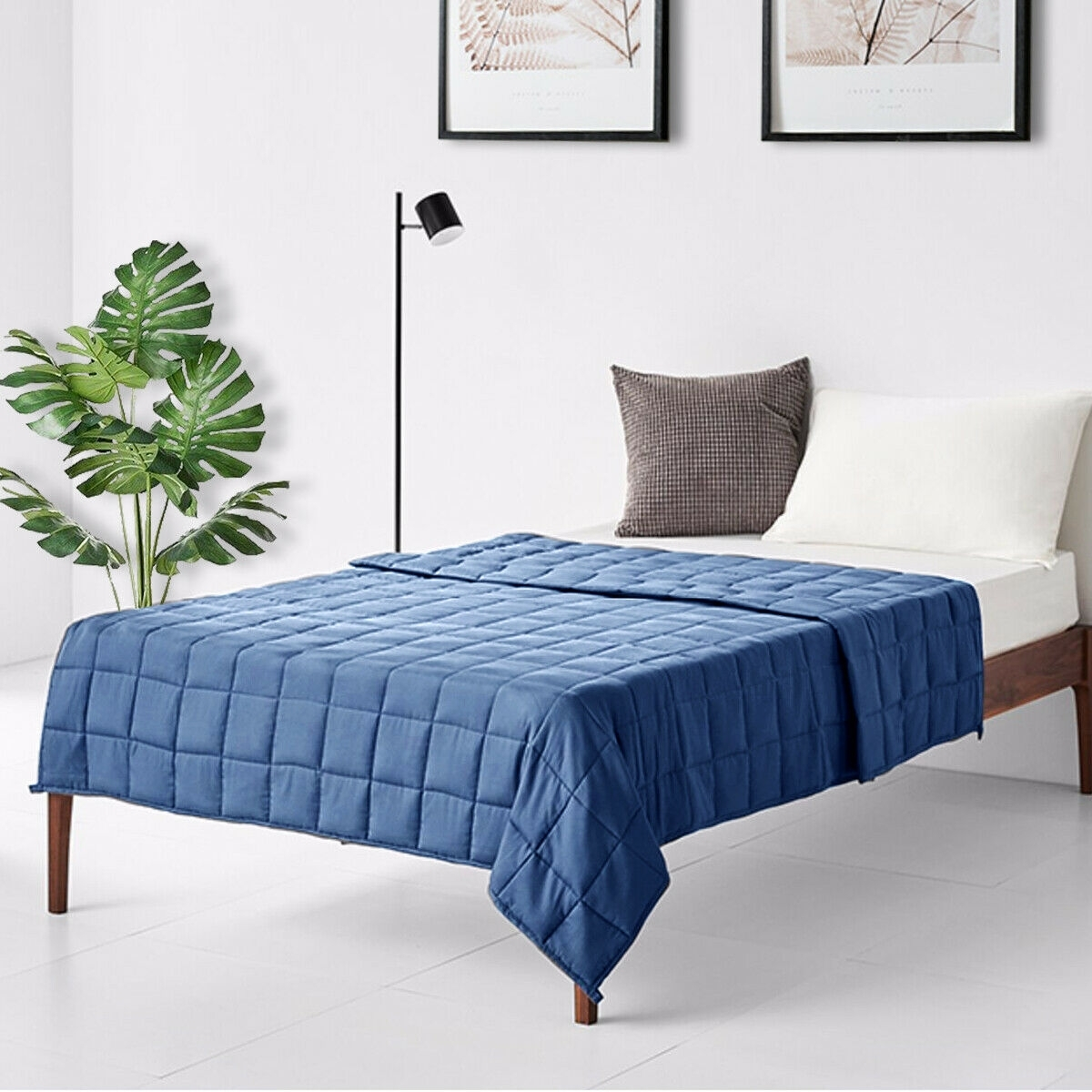 """Image of """"60""""""""x 80"""""""" 15 lbs Premium Cooling Heavy Weighted Blanket """""""